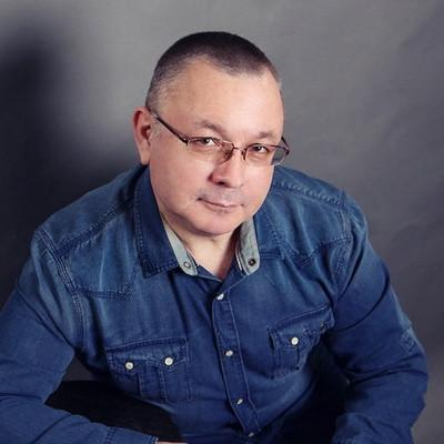Азаров Владимир